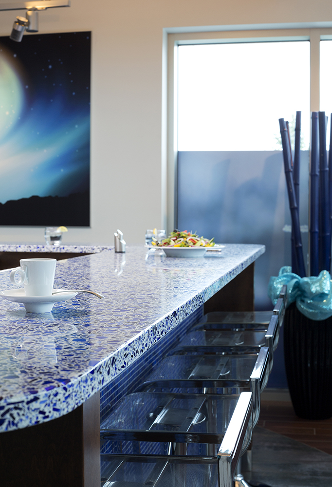 Aqua Current Bathroom